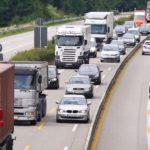 Firmy transportowe na krętej, coraz bardziej wyboistej drodze