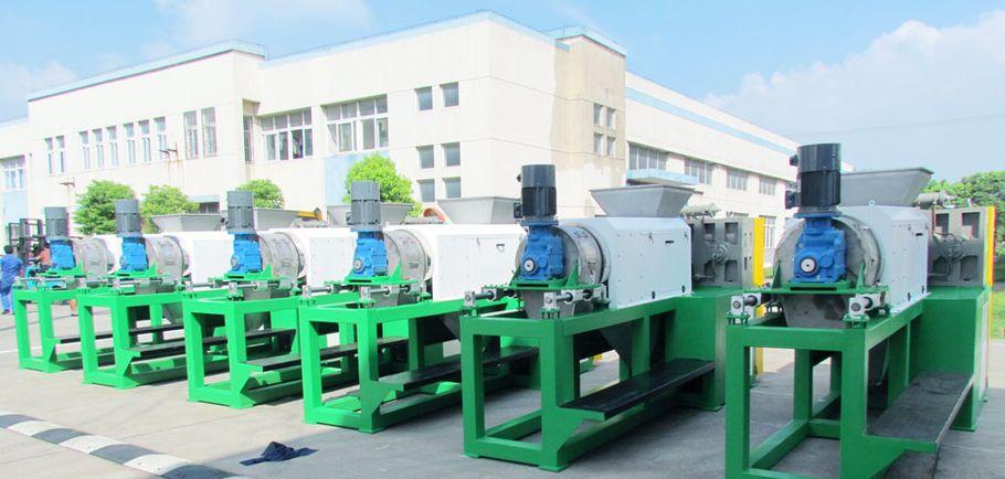 Zhangjiagang Lianda Machinery chińskie-suszarki recykling folii PP/PE