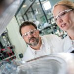 BASF i Porsche pracują nad bateriami litowo-jonowymi